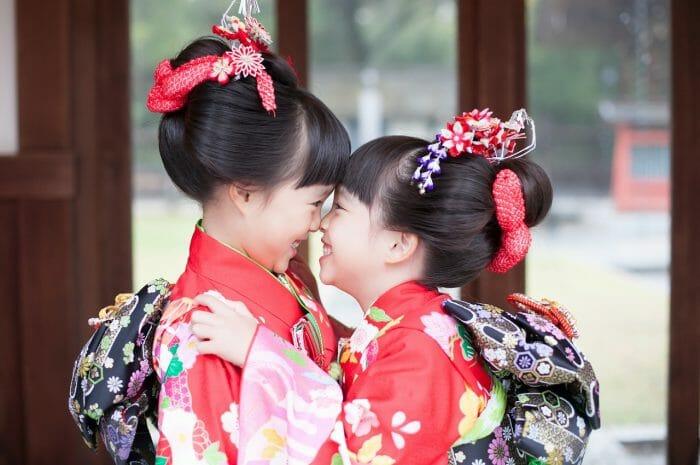 友だち家族と一緒に!7歳七五三記念写真 立川諏訪神社
