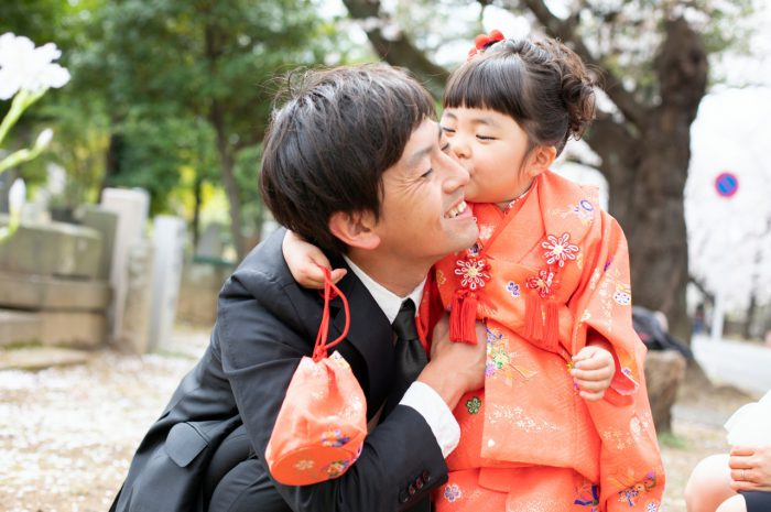 大好きなパパと。3歳女の子七五三出張撮影。
