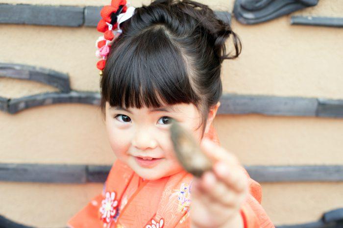 宝物と一緒に。3歳女の子の七五三出張撮影。