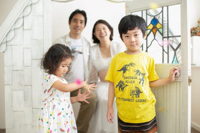 38週のマタニティフォト,もうすぐ出産,4人での家族写真