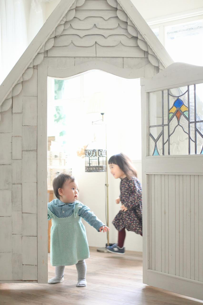 3歳お姉ちゃんと1歳妹の姉妹撮影。自由に動いてね!