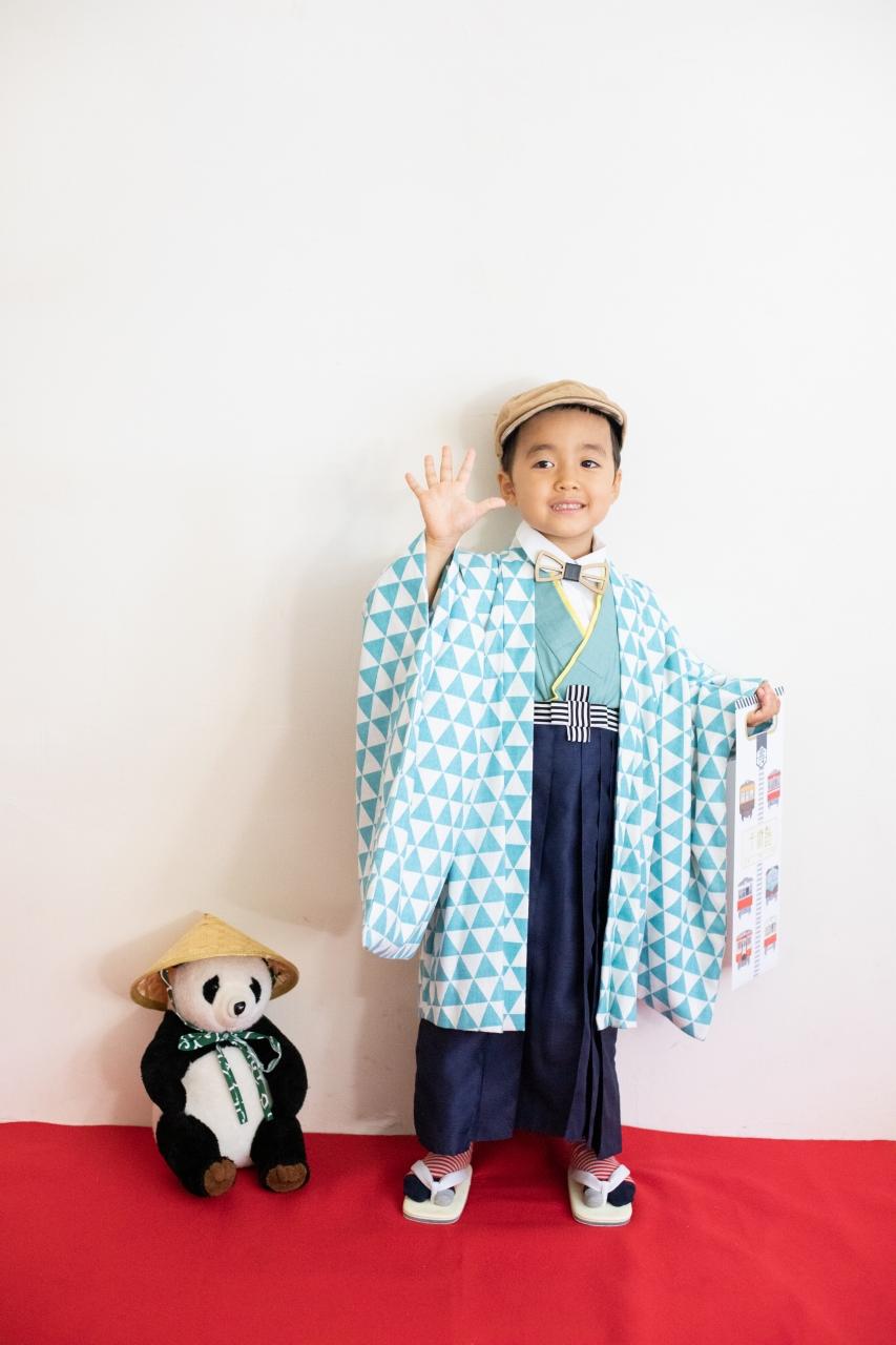 5歳七五三撮影,5歳七五三,かっこかわいい,大好きに囲まれる753,ベレー帽と蝶ネクタイがお似合い