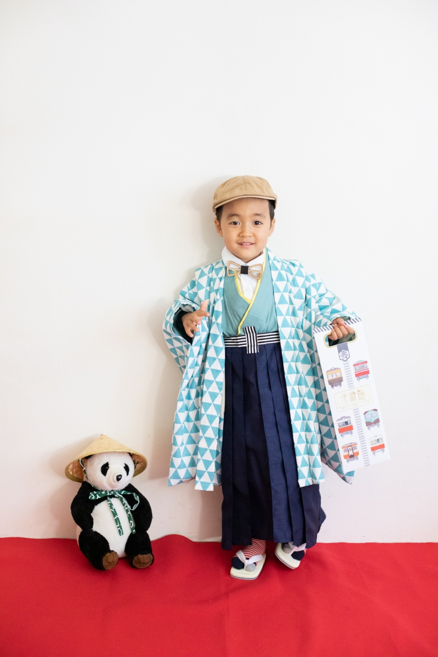 5歳七五三撮影,5歳七五三,かっこかわいい,大好きに囲まれる753,ベレー帽と蝶ネクタイ