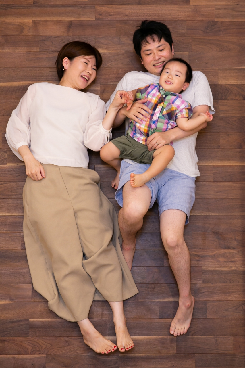 出張撮影,2歳男の子撮影,2歳誕生日記念撮影,自宅でリラックス撮影
