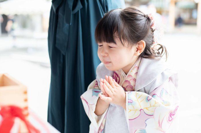 伊勢山皇大神宮で七五三出張撮影,3歳七五三,かわいいお参り姿