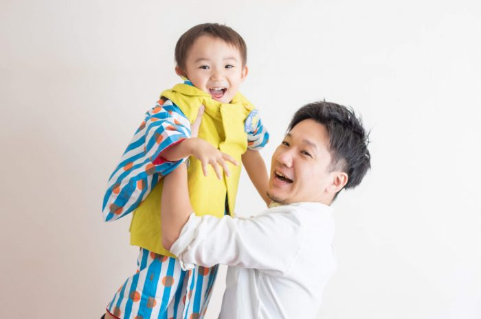 三歳男の子七五三スタジオ撮影,3歳男の子七五三,パパの高い高い