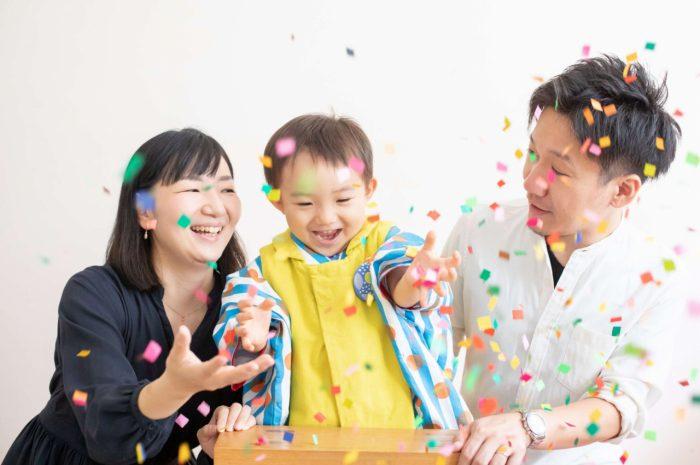 三歳男の子七五三スタジオ撮影,3歳男の子七五三,紙吹雪