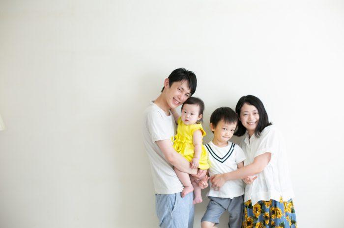 5歳七五三ともうすぐ1歳の兄妹撮影,家族撮影,家族写真,東京スタジオ,仲良し家族