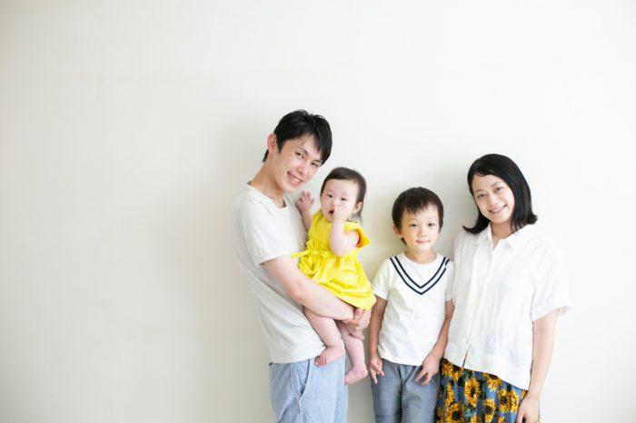 5歳七五三と0歳の兄妹撮影,家族撮影,家族写真,東京スタジオ,4人家族