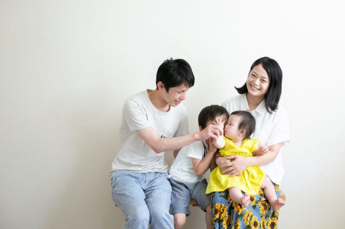 5歳七五三と0歳の兄妹撮影,家族撮影,家族写真,東京スタジオ,明るいスタジオ