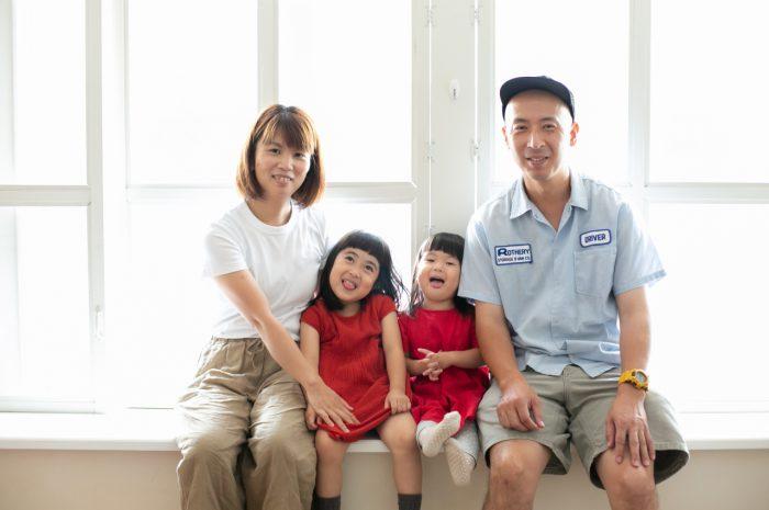 3歳七五三撮影,3歳女子,姉妹撮影,恒例撮影,家族写真撮影,明るいスタジオで