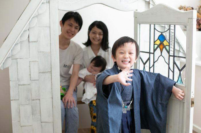 5歳七五三ともうすぐ1歳の兄妹撮影,家族撮影,家族写真,東京スタジオ,5歳七五三