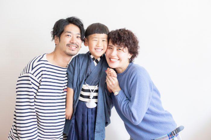 5歳七五三,スタジオ撮影,デニム着物,かっこいい,仲良し家族