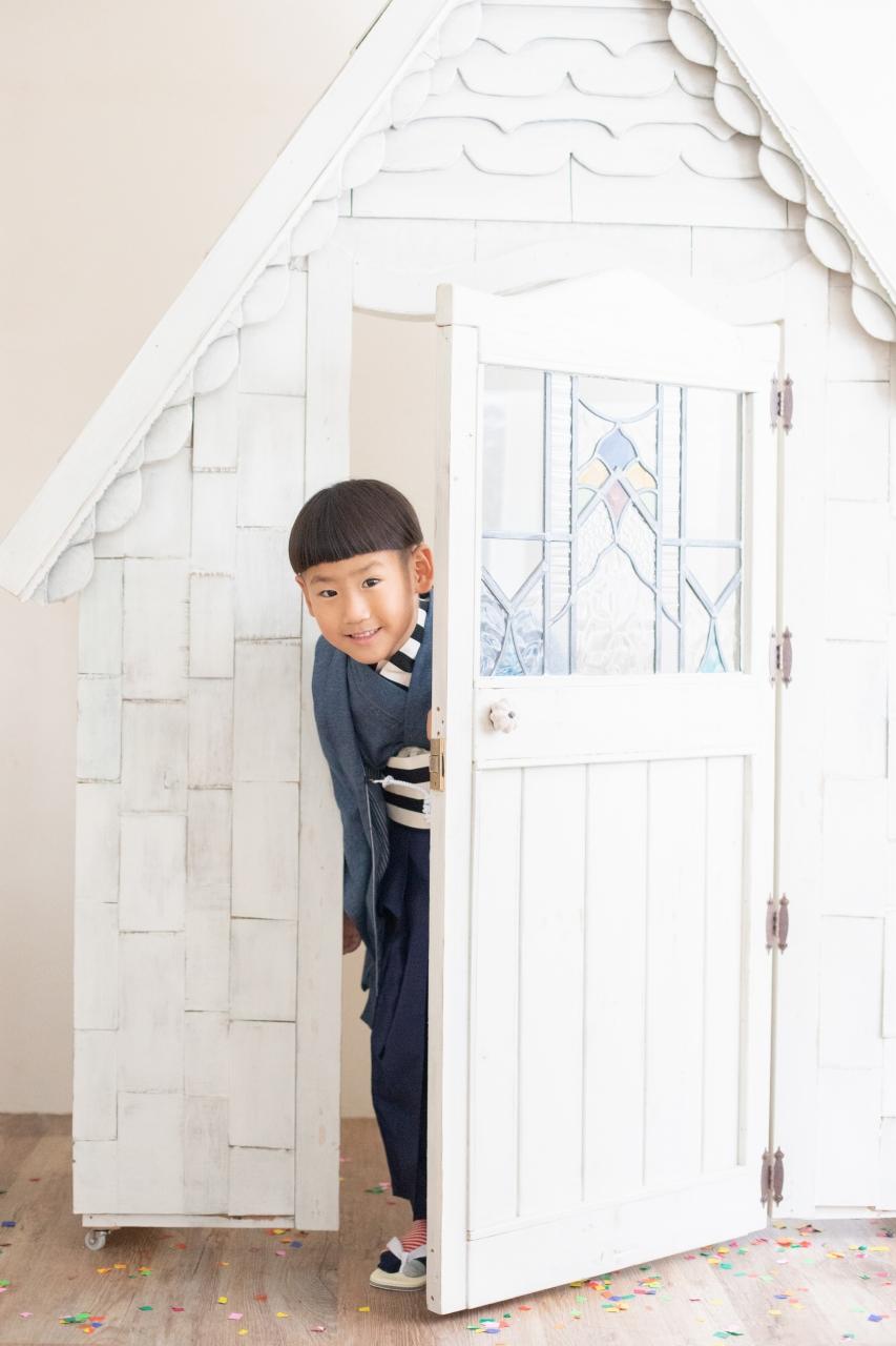 5歳七五三,スタジオ撮影,デニム着物,かっこいい,白いおうちのあるスタジオ
