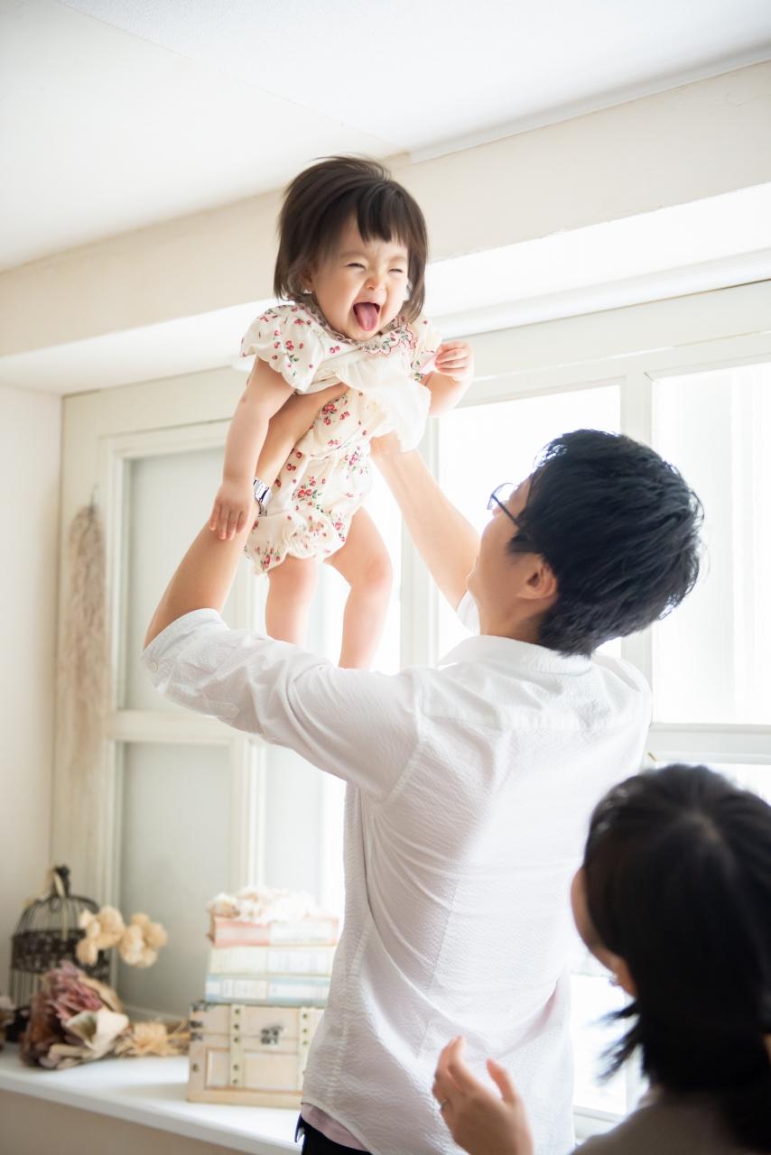 1歳女の子記念写真撮影,たかいたかい大好き