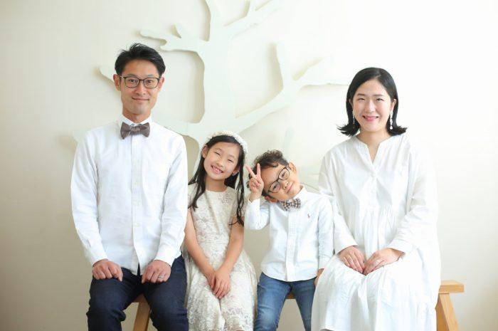 結婚10周年記念,家族写真撮影,4人家族写真
