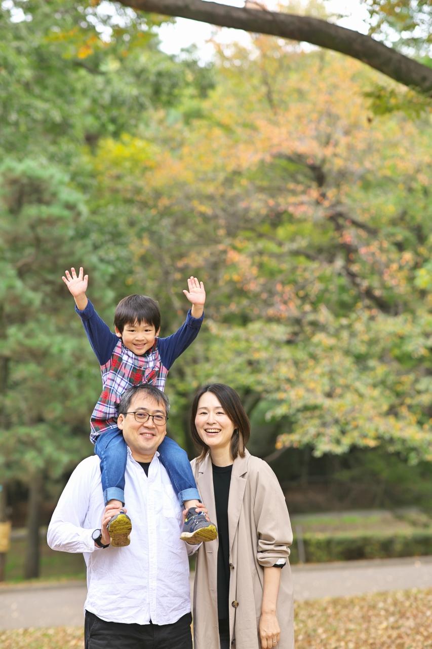 代々木公園家族写真撮影,4歳男の子誕生日記念撮影,肩車