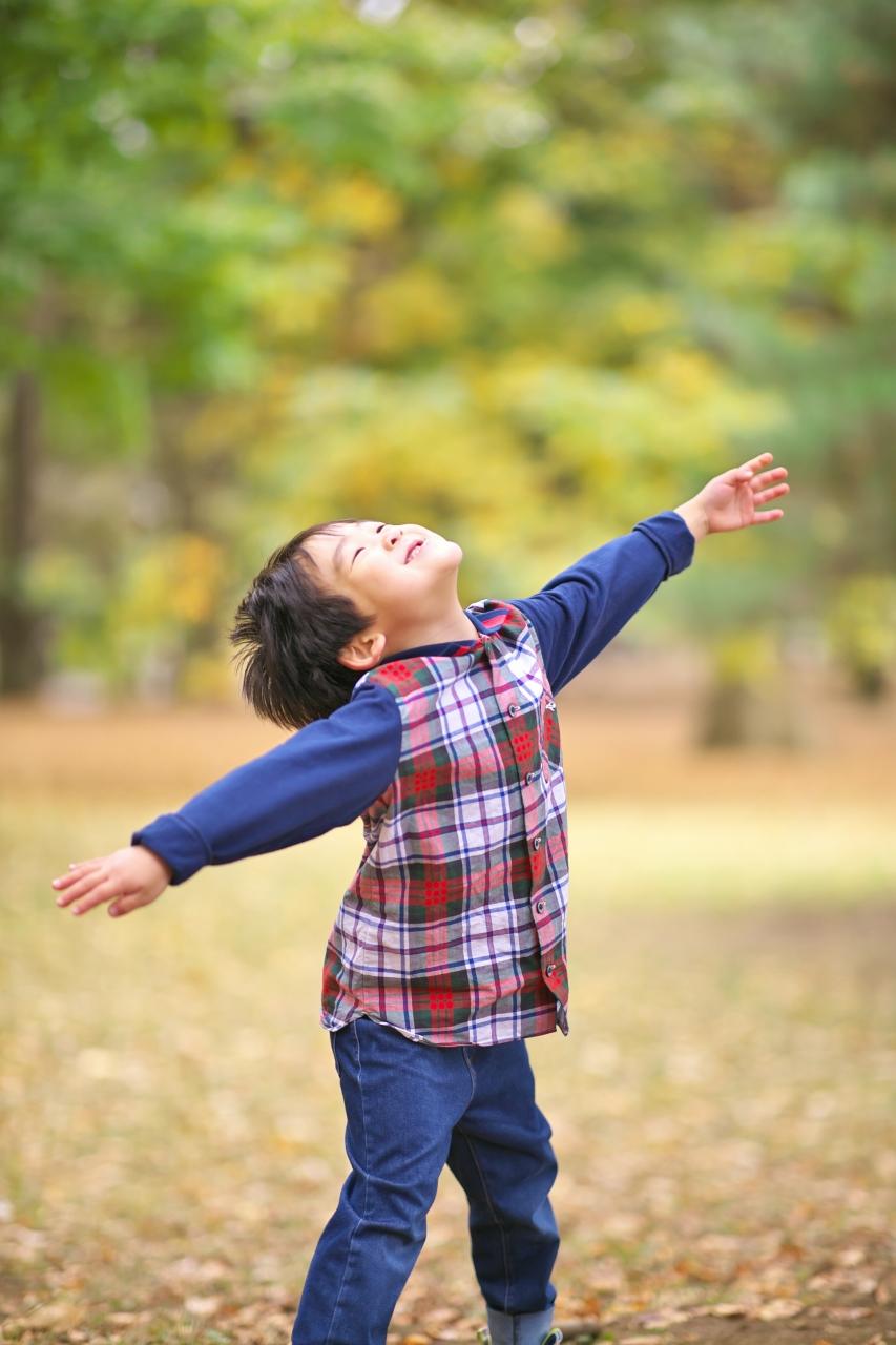 代々木公園家族写真撮影,4歳男の子誕生日記念撮影,自由