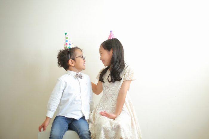 結婚10周年記念,家族写真撮影,三角帽
