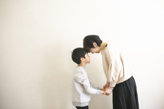 8歳男の子記念撮影,スタジオ,渋谷スタジオ,富ヶ谷スタジオ,8歳誕生日記念,てつなぎ
