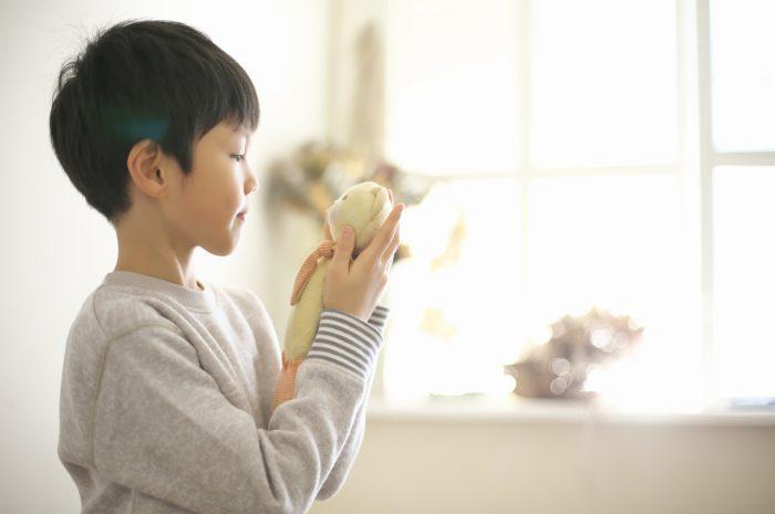 8歳男の子記念撮影,スタジオ,渋谷スタジオ,富ヶ谷スタジオ,8歳誕生日記念,クマのぬいぐるみ,大好き