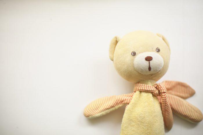 8歳男の子記念撮影,スタジオ,渋谷スタジオ,富ヶ谷スタジオ,8歳誕生日記念,クマのぬいぐるみ