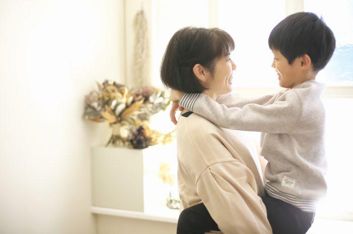 8歳男の子記念撮影,スタジオ,渋谷スタジオ,富ヶ谷スタジオ,抱っこ,いつまでできるかな