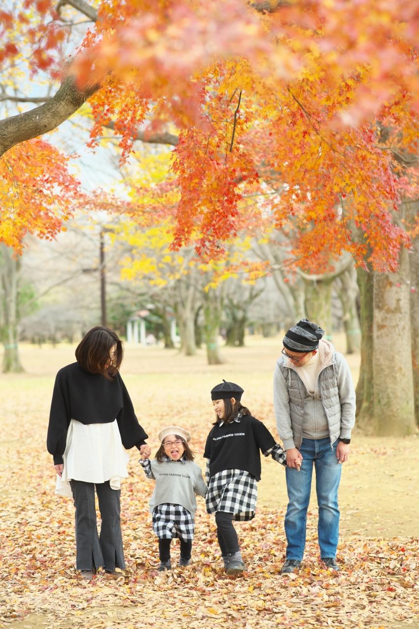 秋の家族写真,ロケーションフォト,ロケフォト