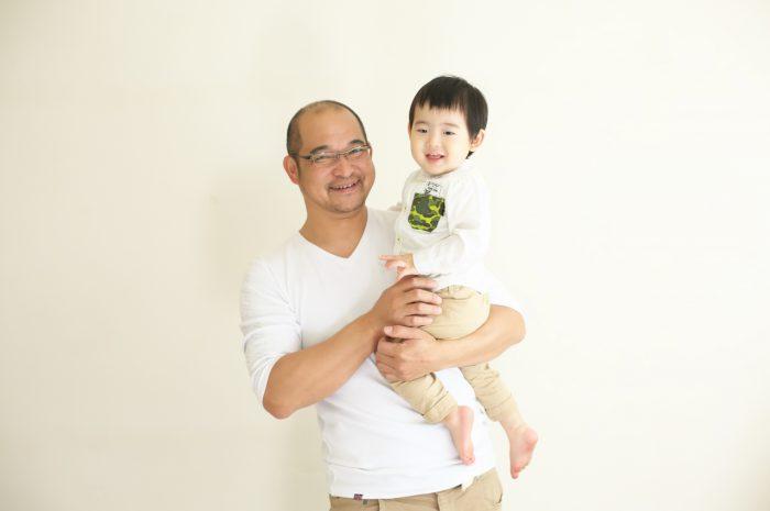 2歳男の子記念写真,パパと