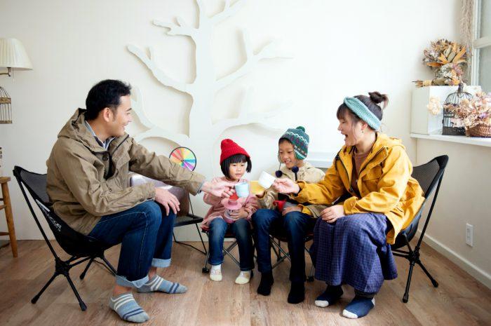家族写真撮影,渋谷スタジオ,みんなで乾杯写真