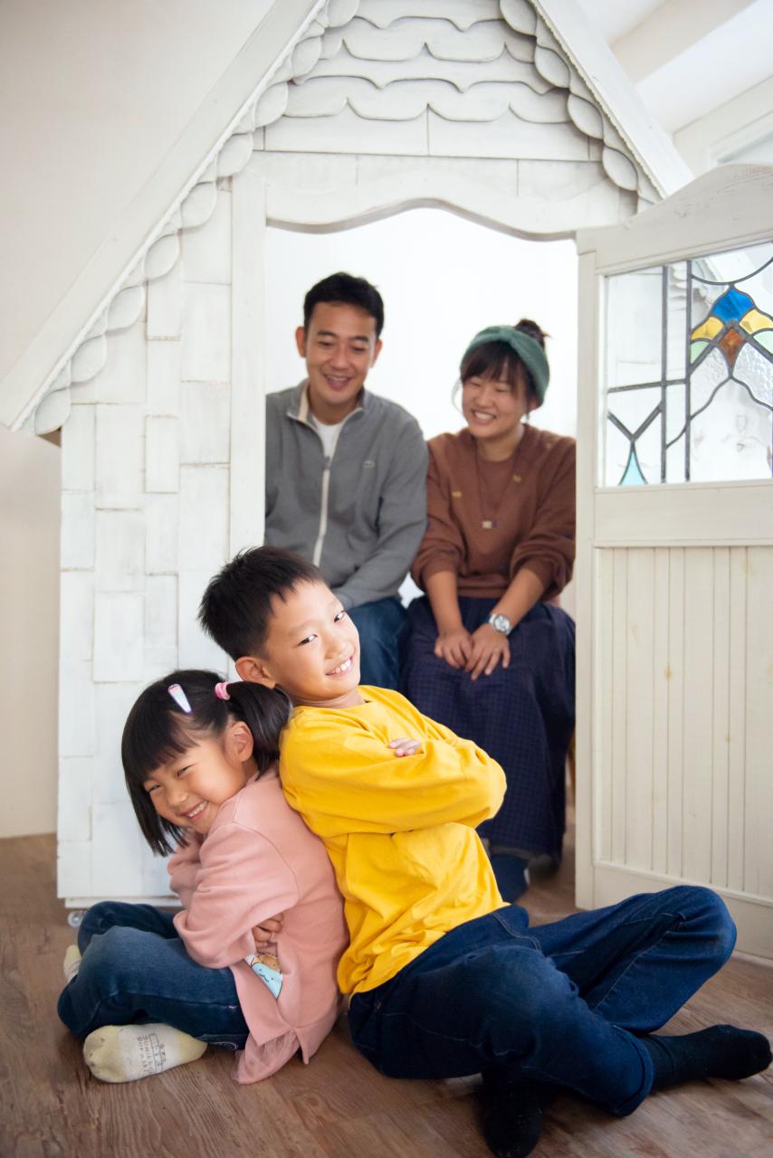 家族写真撮影,渋谷スタジオ,押し合いっこ
