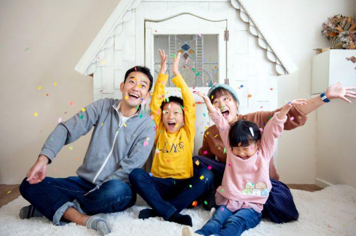 家族写真撮影,渋谷スタジオ,紙吹雪と一緒に