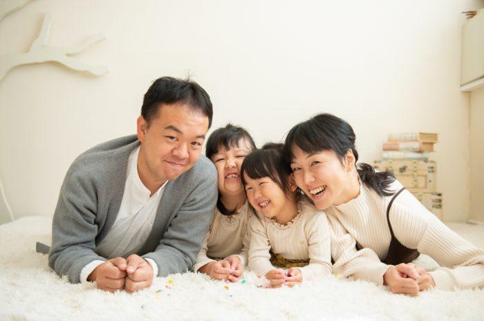 家族写真,渋谷スタジオ撮影,仲良し撮影
