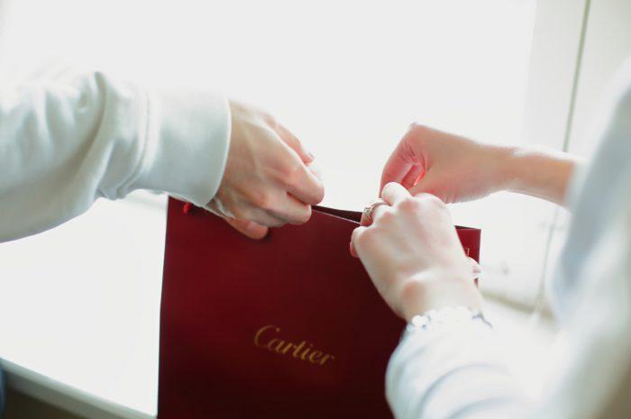 スタジオ撮影,プロポーズ写真撮影,カルティエ,カップル写真