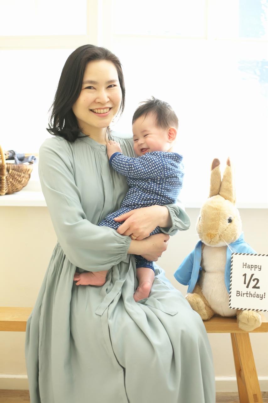 ママと赤ちゃん,2ショット,ハーフバースディ撮影