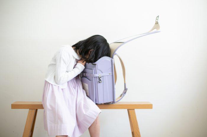 小学校入学記念写真,ランドセル撮影,6歳,紫色のランドセル,薄紫色のランドセル