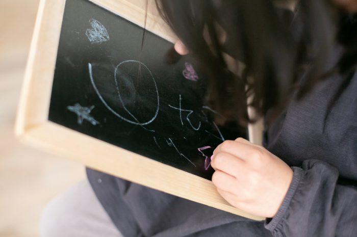 6歳記念撮影,6歳女の子,黒板
