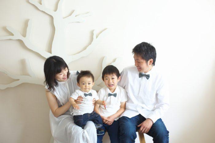 家族写真,記念写真,4人家族,兄弟